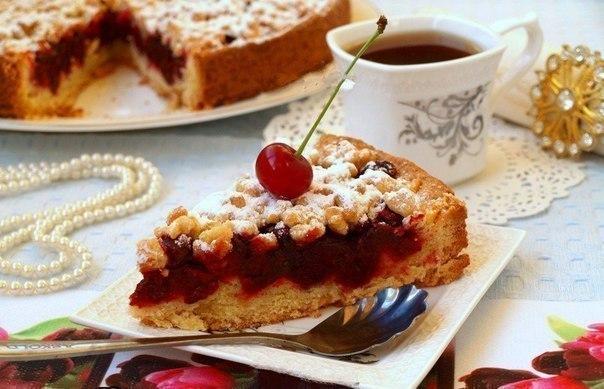Рецепт из Ниццы: песочный пирог с лёгкой кислинкой из вишни